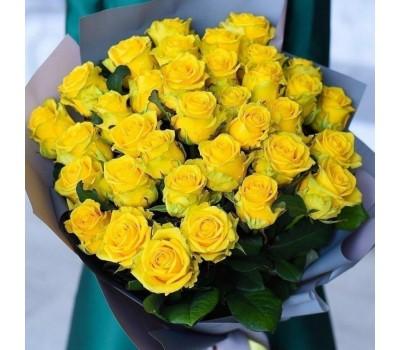 Желтые розы с доставкой в Лабинске и Лабинском районе
